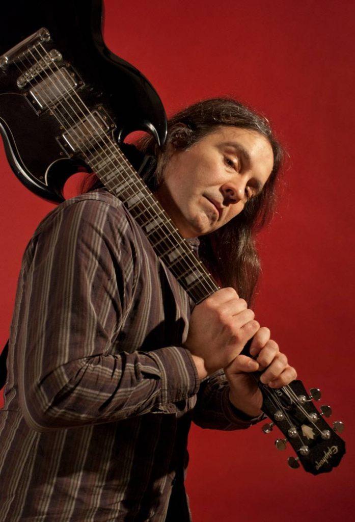 Martin-Bisi-guitar-credit-Nicole-Capobianco